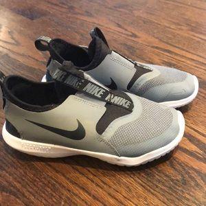 Boys Nike shoes 13.5